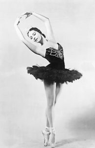 Alicia Alonso wearing a pancake tutu, 1955